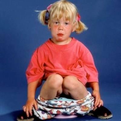 женщина узнаёт ребенок часто пукает с сильным запахом 2года влияющие формирование