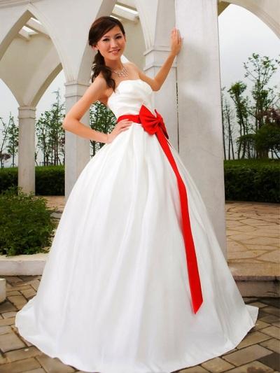 Свадебные платья с бело красным цветом