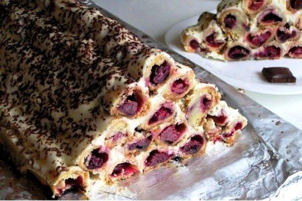 Торт шалаш с вишне