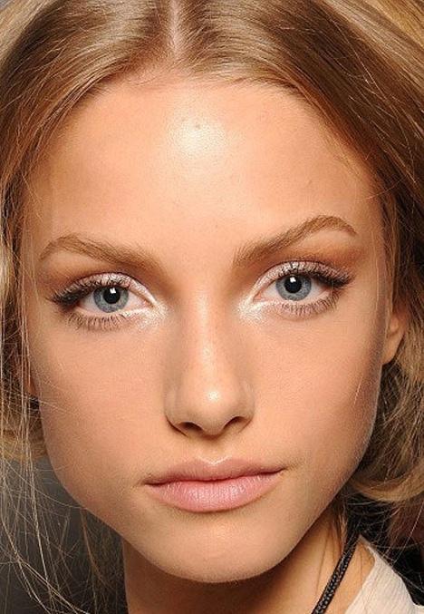 макияж с белым карандашом для глаз фото