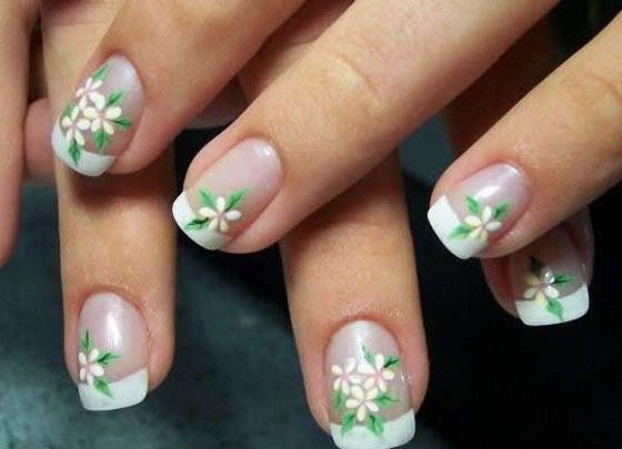 Красивый френч на коротких ногтях в домашних условиях