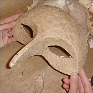 маска из папье маше 12