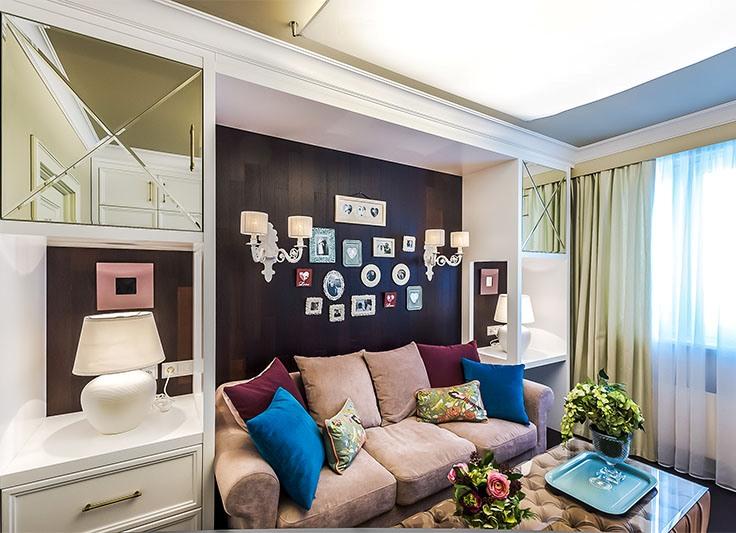 Интерьер маленькой спальни с диваном вместо кровати фото
