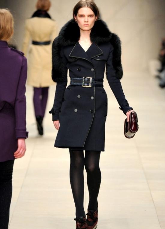 В этом разделе вы найдете себе модную зимнюю верхнюю одежду на холодное время года.Продажа женской зимней верхней