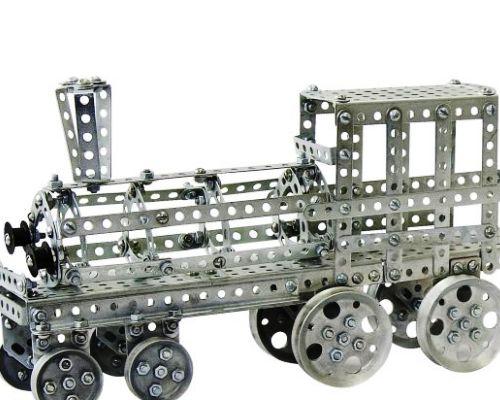 Детский конструктор из пластика
