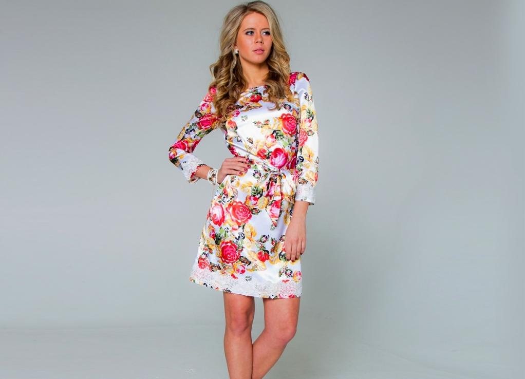 Платье с цветочным принтом: универсальность, яркость, стиль 100