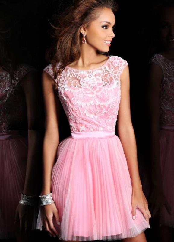 Женские пышные короткие платья