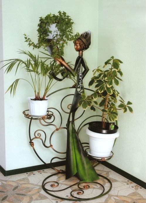 Напольная угловая подставка для цветов