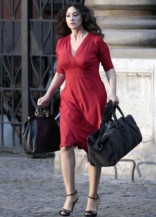 Платье моники белуччи фото