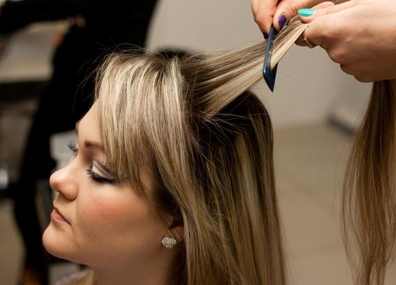 французская коса наоборот как плести пошаговая инструкция - фото 11