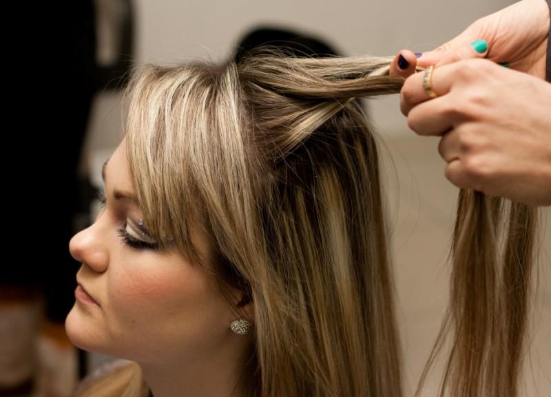 как подготовить волосы к плетению кос