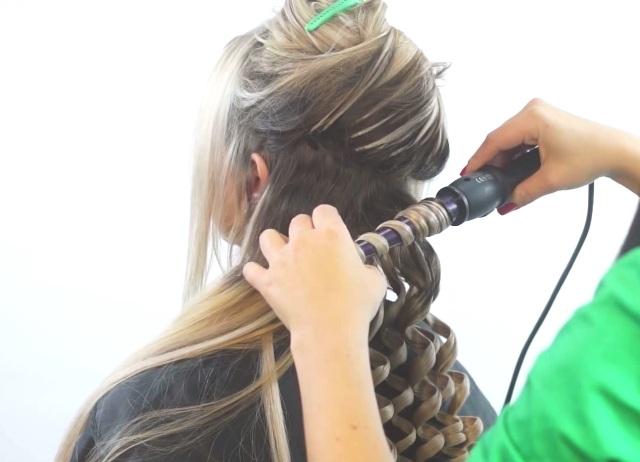 Как накручивать волосы на плойку пошагово