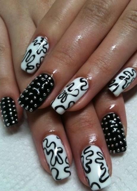 Готический дизайн ногтей в 52
