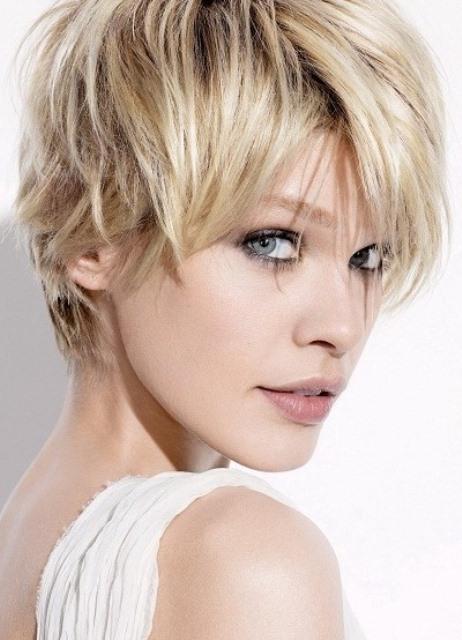Короткие стрижки для тонких жидких волос фото