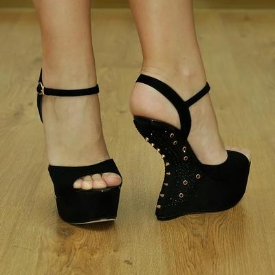 Стрип туфли