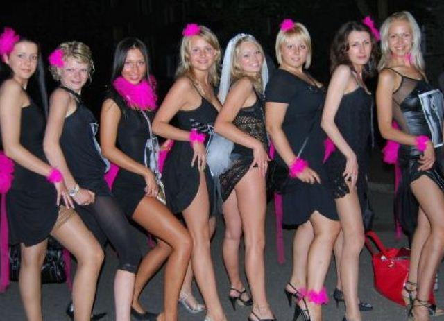 вечеринки без одежды фото