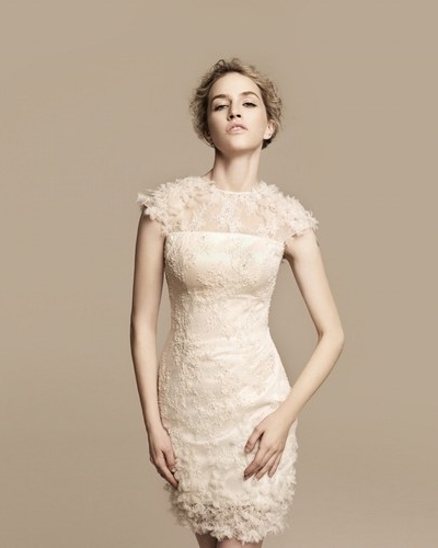 Украшения для платья цвета айвори