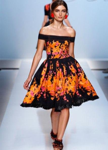 Модные платья весна-лето 2012 от Blumarine понравятся вам, если вы любите женственные и романтичные образы