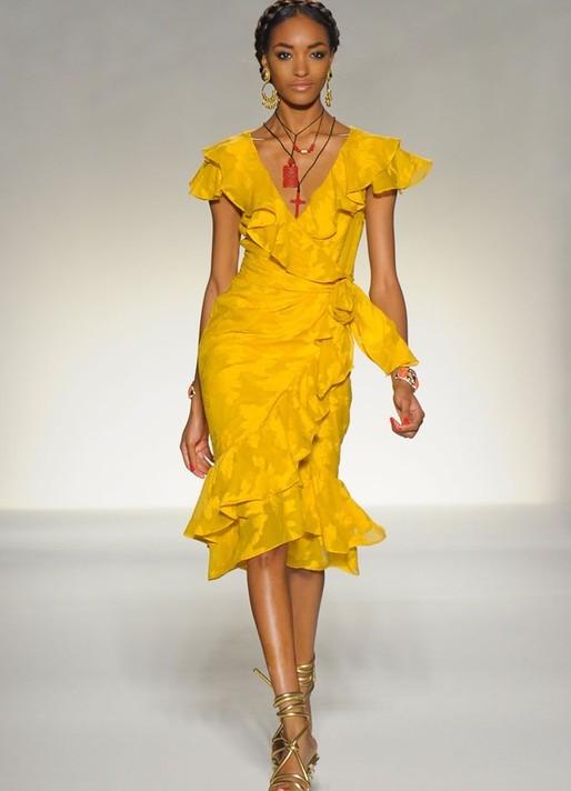 Платье в испанском стиле