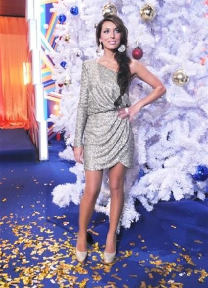 Платье на певице алсу