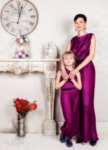 Одинаковые платья для мам и дочек