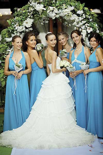 Красивые прически на свадьбу для подружек невесты