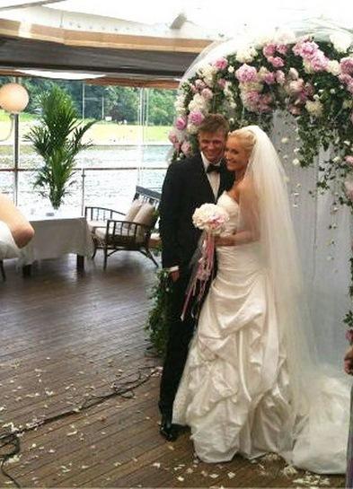 Свадебные платье ольги бузовой фото