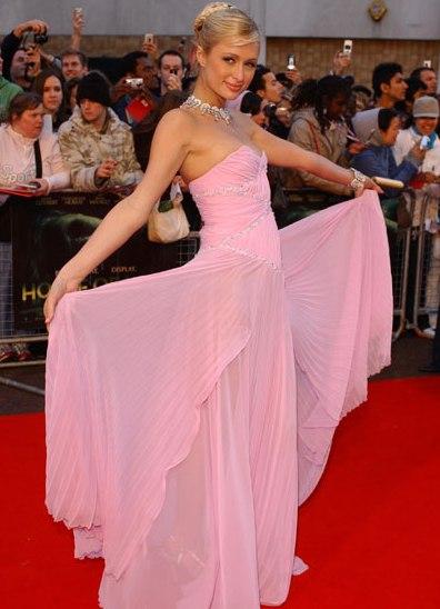 Фото платья пэрис хилтон