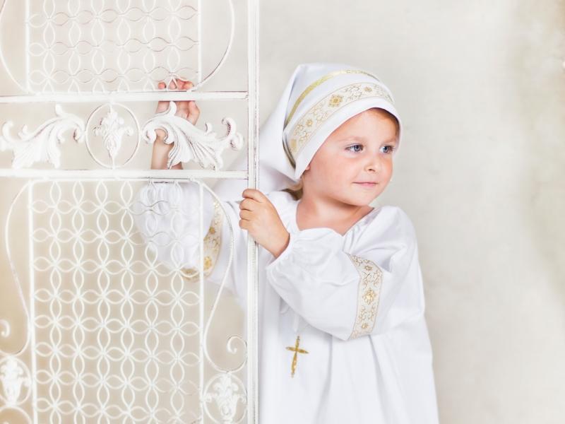 Почему парню нельзя первого крестить мальчика