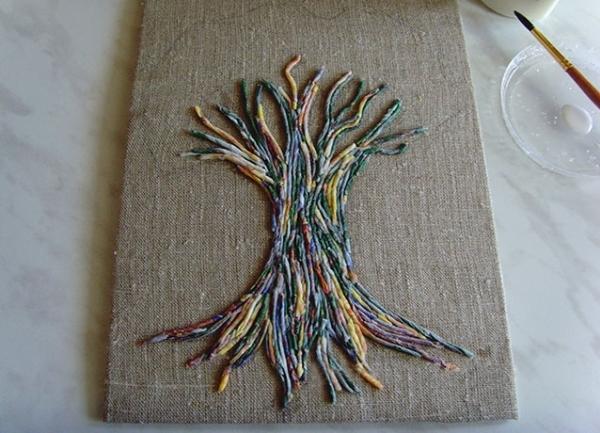 Плитка с декором деревья