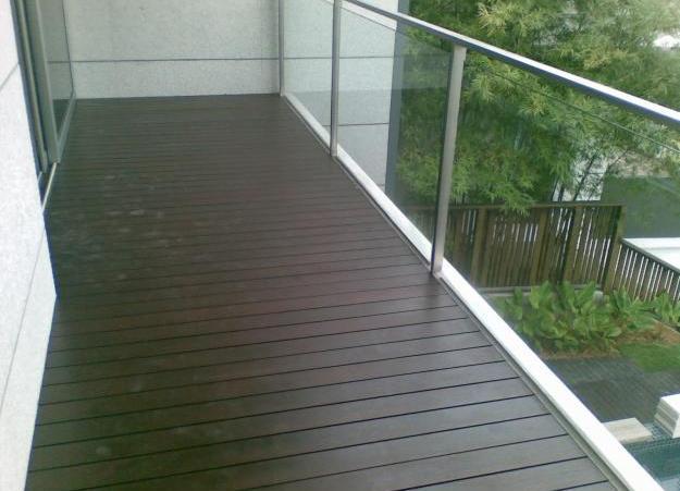 Пол на балконе.