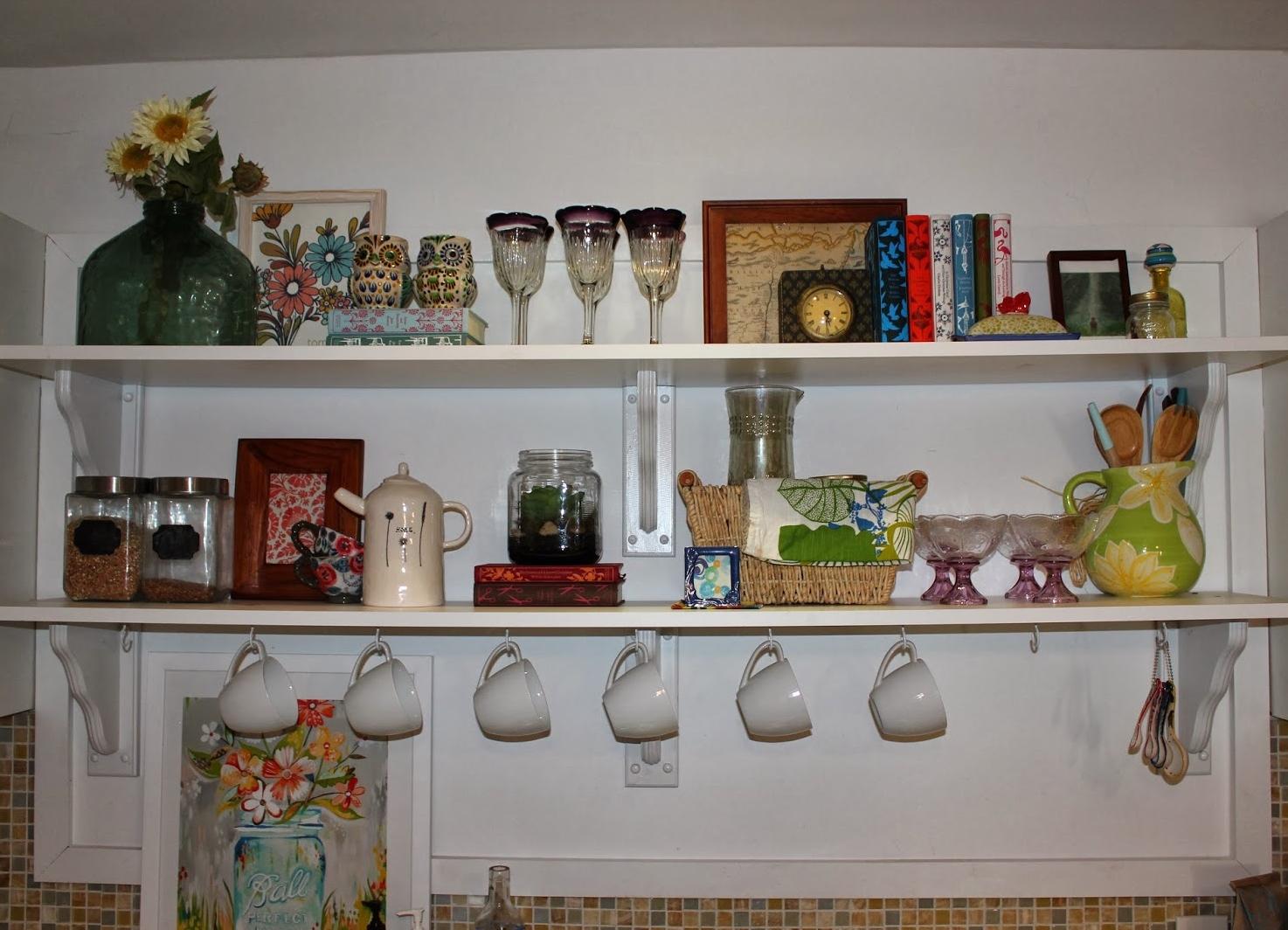 Полочки своими руками на кухне