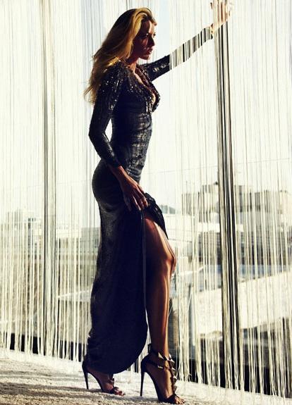 Красивые позы для в длинном платье 34