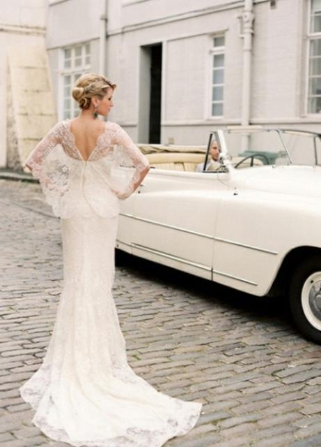 вы - любительница повеселиться, и свадьба в этом плане не является для вас исключением, то остановите свой выбор свадебном платье «мини» со шлейфом