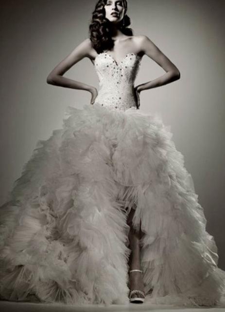 Пышные свадебные платья с бантом
