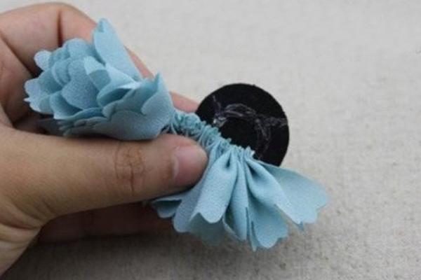 Как сделать резинка-цветок своими руками