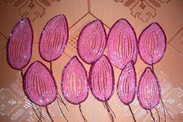 Розы из бисера своими руками мастер класс