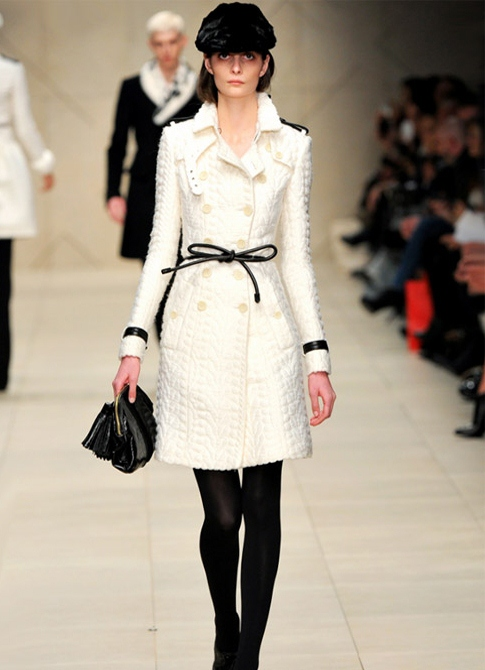 Белое вязаное пальто - Вязаные пальто