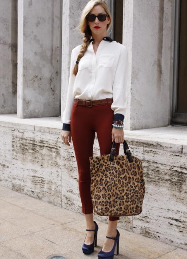 Белая блузка рубашка с чем носить
