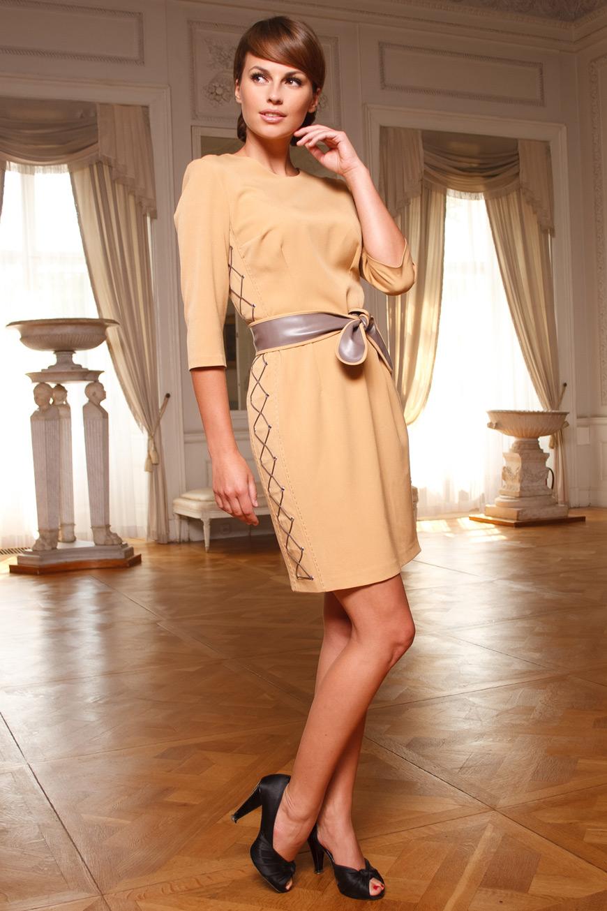 Трикотажное бежевое платье с чем носить 187