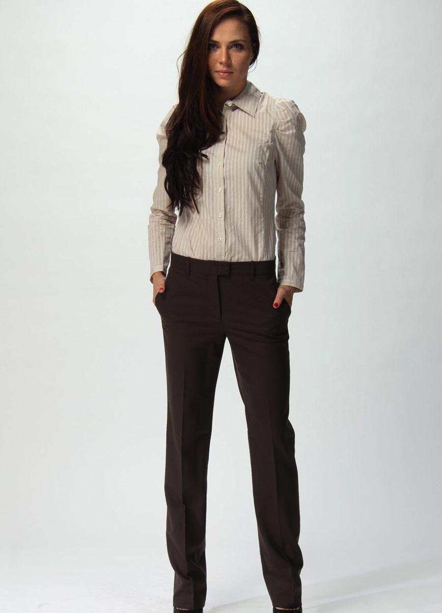 С чем носить женские черные брюки? Фото и стильные