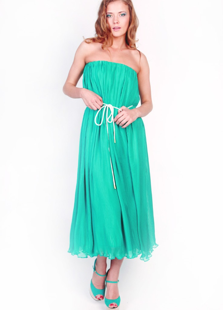 Ментоловое платье в пол