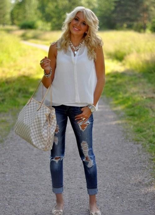 Купить белые босоножки каблук