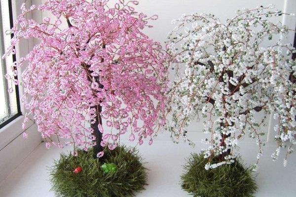 деревья из бисера - Самое интересное в блогах - LiveInternet.  Сайт для тех, кто любит мастер классы, рукоделие...