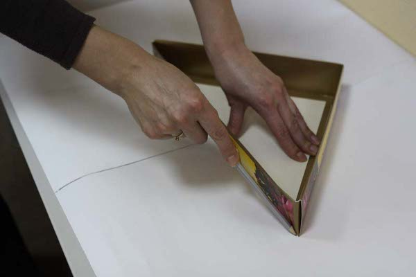 Шкатулка из коробки мастер класс с фото #4