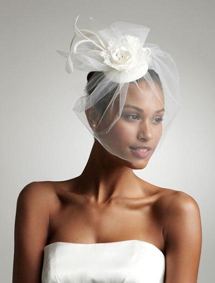 Свадебные прически со шляпками