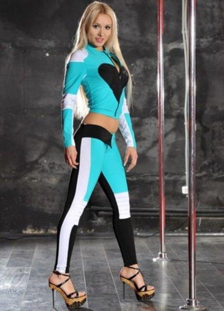 Женская одежда спортивные костюмы