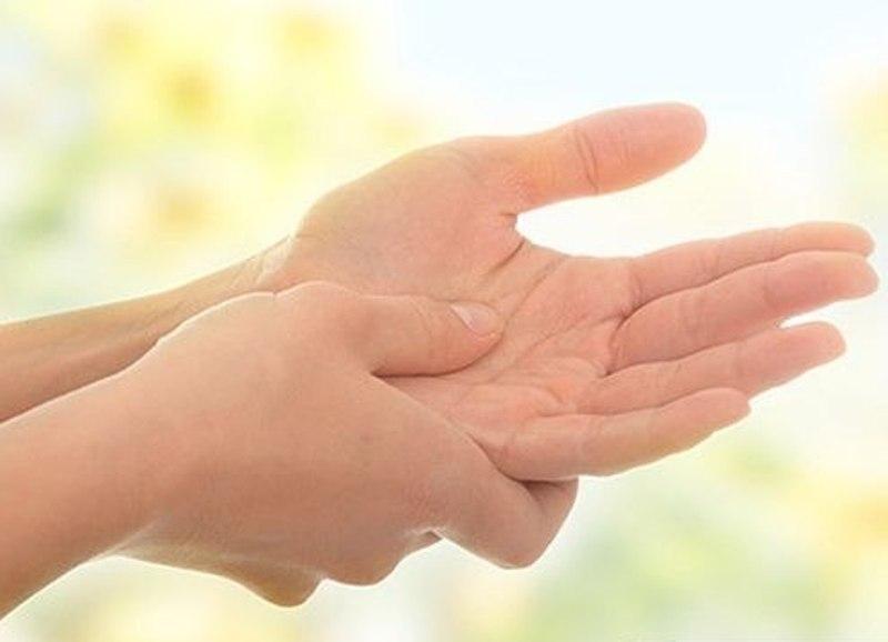 если болят кисти рук народная медицина