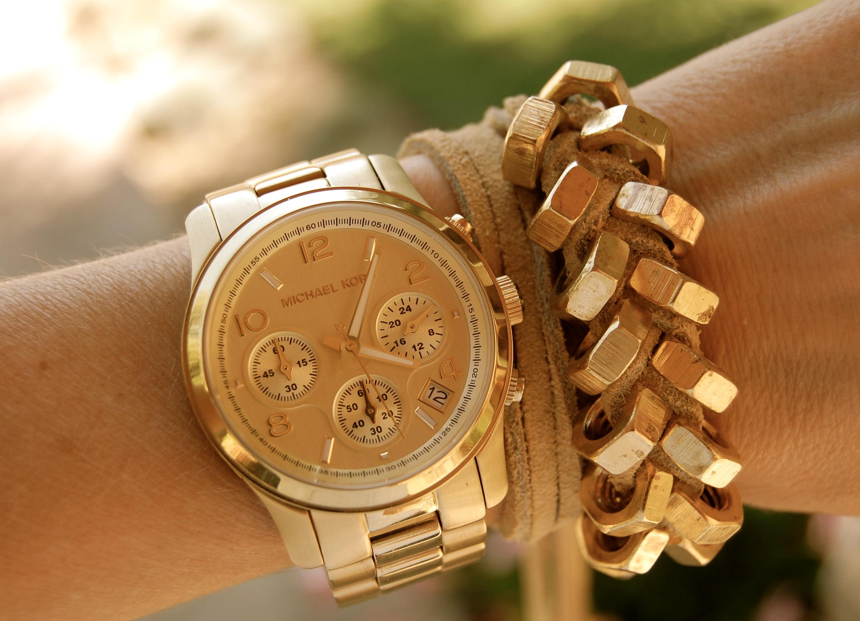 часы женские наручные  цена