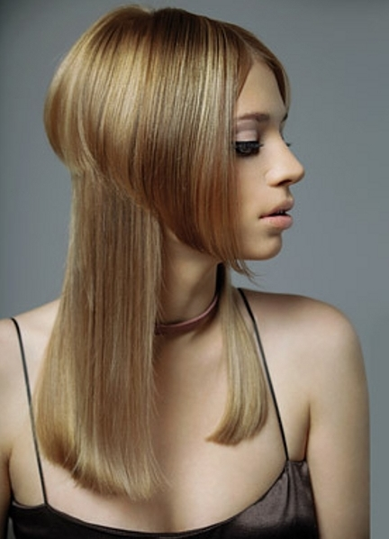 Стрижка лесенка с шапочкой на длинных волосах